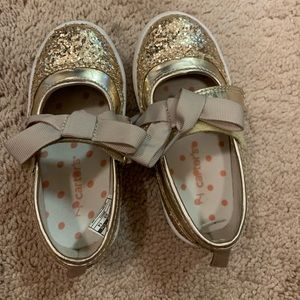 Carters maryjane glittery gold size 7 toddler